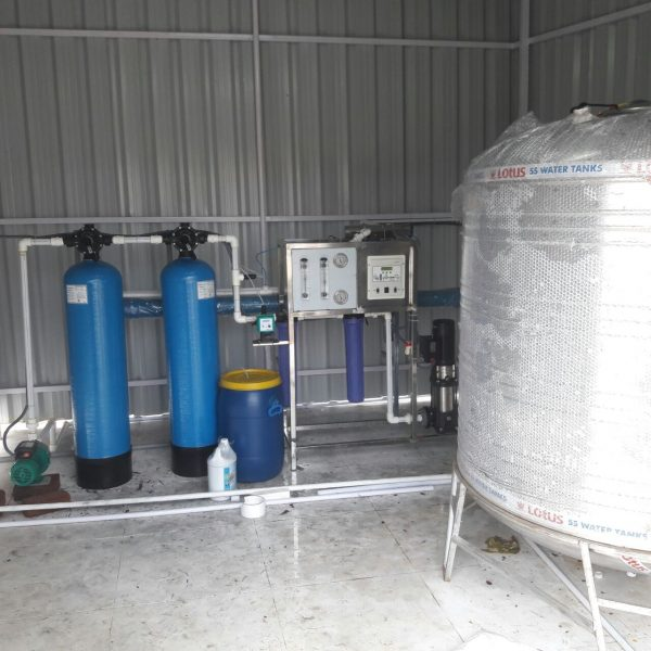 GMT 500 LPH RO+UV Water Treatment Plant with Membrane Flushing Module